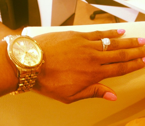 KAREN IGHO SHOWS OFF HER ENGAGEMENT RING